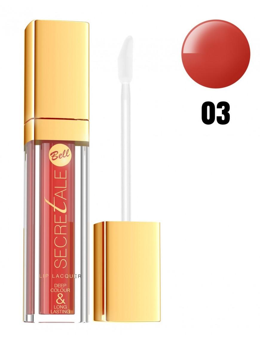 Laque à lèvres rouge